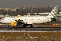 Airbus A320-216 - EC-KLT -