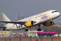 Airbus A320-214 - EC-KDG -