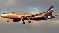 Airbus A320-214 - VP-BWE -