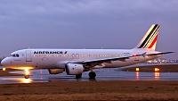 Airbus A320-211 - F-GJVA -