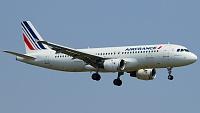 Airbus A320-211 - F-GFKV -