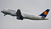 Airbus A320-214 - D-AIZM -