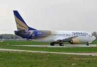 Boeing 737-4Q8 - AP-BJT -