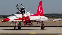 Canadair NF-5A-2000 (CL-226) - 70-3025 -