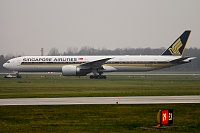 Boeing 777-312/ER - 9V-SWR -