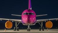 Airbus A320-232 - HA-LWT -
