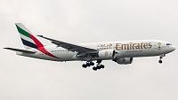 Boeing 777-21H - A6-EME -