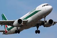 Airbus A320-214 - I-BIKO -