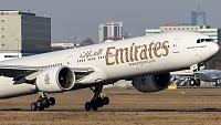 Boeing 777-31H/ER - A6-EBS -