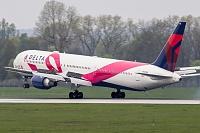 Boeing 767-432/ER - N845MH/1821 -