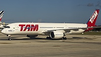 Airbus A350-941 - PR-XTA -