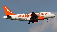 Airbus A319-111 - G-EZAJ -