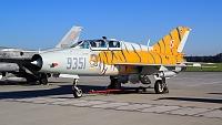 Mikoyan-Gurevich MiG-21UM - 9351, -