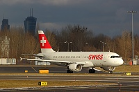 Airbus A320-214 - HB-IJB -