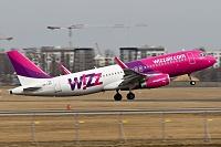 Airbus A320-232 - HA-LWY -