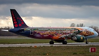 Airbus A320-214 - OO-SNF -
