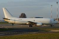 Boeing 737-3Y0(F) - EC-KRA -
