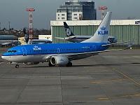 Boeing 737-7K2 - PH-BGE -